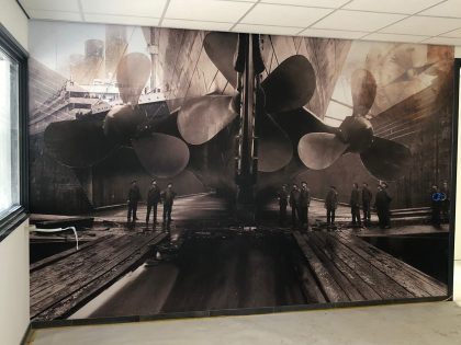 Propeller Service Delfzijl Airtex wall-covering   ( schroeven Titanic )